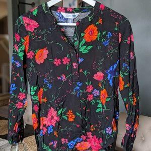 Black Floral Blouse (xs)